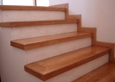 Δρύινη ξύλινη σκάλα κάτω σχολάρι Θεσσαλονίκης (2)