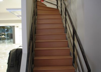 Επένδυση σιδερένιας σκάλας