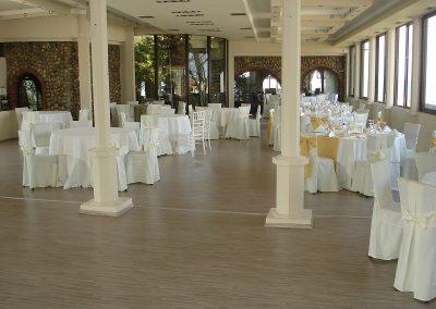 Συνθετικό πάτωμα laminate στο κατάστημα ΠΟΡΤΟ ΑΚΡΗ (2)