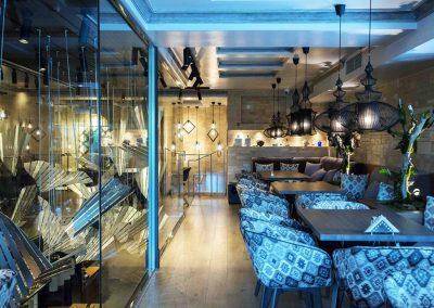 Συνθετικό πάτωμα laminate στο κατάστημα καφενείο ΤΟ ΝΕΟΝ (2)