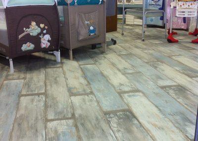 Συνθετικό πάτωμα laminate στο κατάτημα BEBE MAISON στη Θεσσαλονίκη